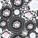 Sjaskig chic sömlös prydnad för tappning, modell med vita blommor för rosa färger och och sidor på svart bakgrund vektor Arkivfoton
