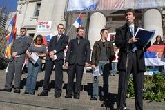 självständighetkosovo protest Arkivfoto