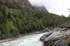 Sjoa kajakläger Promenera floden Royaltyfri Fotografi