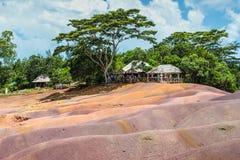Sju färgad jord i Mauritius, Chamarel naturreserv Arkivbilder
