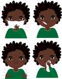 Sjuk afrikansk pojke med den influensamaskeringen, termometern och näsduken Arkivbild