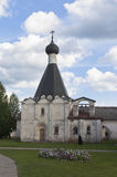 Sjukhus kyrkliga Euphemia av tusen dollar i den Kirillo-Belozersky kloster, Vologda region, Ryssland royaltyfri fotografi