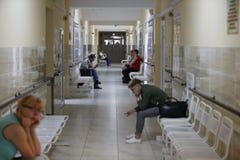 Sjukhuskorridor royaltyfri bild
