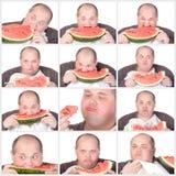 Sjukligt fet man för collagestående som äter en stor skiva av ny saftig w Royaltyfri Bild