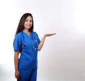 Sjuksköterska Holding Hand Up Royaltyfria Foton