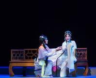 """sjuksäng-lilahårnål--jiangxi opera""""fourdrömmar av linchuan"""" Arkivfoto"""
