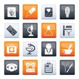 Sjukvård- och medicinsymboler över färgbakgrund stock illustrationer
