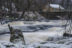Sjundby` s rivier en stroomversnelling royalty-vrije stock afbeelding