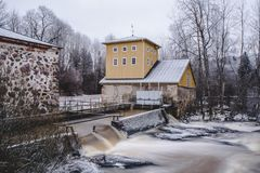 Sjundby` s rivier en stroomversnelling royalty-vrije stock fotografie