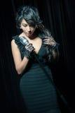 Sjungande jazz för kvinna Arkivfoto