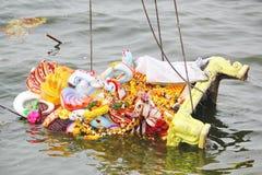 Sjunka av Lord Ganesh på dagen av Nimajjan Royaltyfria Bilder
