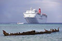 Sjunket skepp i Grand Cayman royaltyfri bild