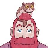 Skäggig man för rosa färger med en katt på överkanten av hans huvud Royaltyfria Bilder