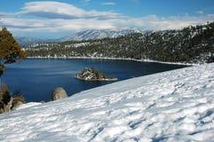 skälla den Kalifornien smaragden Lake Tahoe Royaltyfri Foto