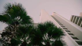 Skälla med en strand och hotell i Florida Royaltyfria Foton