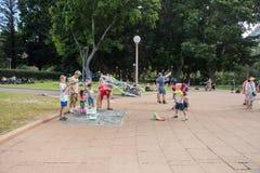 Skämtsamma bubblor på Hyde Park Arkivfoto