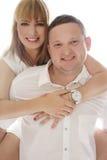 Skämtsamma skratta romantiska par Fotografering för Bildbyråer