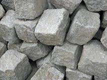 skära i tärningar granit Arkivfoto