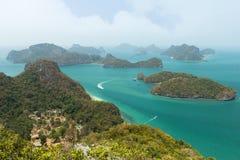 Skärgård på Ang Thong National Marine Park i Thailand Arkivfoton