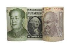 Skärm av kines Yuan, US dollar och den indiska rupien Royaltyfri Bild