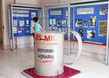 Skärmar på Museoen de la Revolucion i Havana Fotografering för Bildbyråer