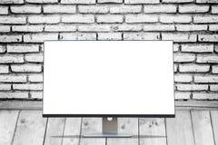 Skärmbildskärm för tomt utrymme på wood golv royaltyfria bilder