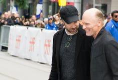 Skådespelare Ed Harris och Jason Sudeikis 2017 Royaltyfria Bilder