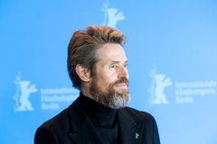 Skådespelaren Willem Dafoe poserar under den 68th Berlinalen 2018 Arkivbild