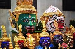 Skådespelares maskering av den thailändska dansen Royaltyfria Foton