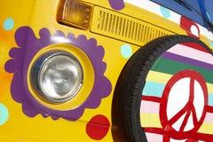 Skåpbilen med hippien utformar Arkivfoto