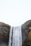 Skógafoss vattenfall i sydliga Island Royaltyfria Foton