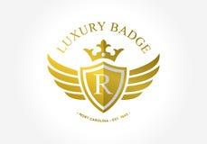 Sköld för insida för r-initialsymbol Kungligt och lyxigt symbol Royaltyfri Foto