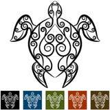 Sköldpaddan virvlar runt tatueringen Arkivbild