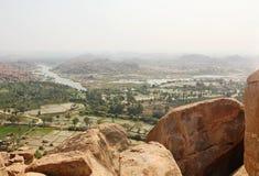 Skönhet av den Hampi och Tungabhadra floden, Hampi, Indien Arkivfoto