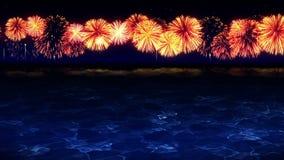 Skönhet av fyrverkerierna reflekterar på sjövatten F?rgrika fyrverkerier t?nder upp himlen Sikten av fyrverkerifestivalen lager videofilmer