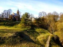Skönhet av Kernave kullar i Litauen arkivfoto