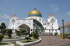 Skönhet av Malacca svårigheter moské, Melaka, Malaysia Arkivbild