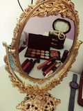 skönhet bit tecknande olikt framsidadiagram hans little magiska spegelbilduppvisning Fotografering för Bildbyråer