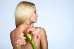 Skönhet och mjukhet i kvinnor royaltyfri foto