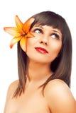 Skönhet som skjutas av ung kvinna Arkivfoton