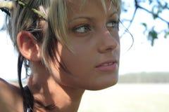 skönhetflicka Royaltyfria Bilder