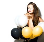 Skönhetflicka med färgrika ballonger Arkivfoto