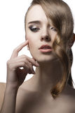 Skönhetflicka med skinande hår Royaltyfria Bilder