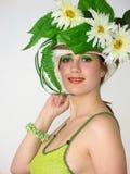 skönhetflickahatt henne som ler Royaltyfri Foto