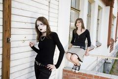 skönhetflickor två fotografering för bildbyråer