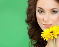 skönhetframdelen gör spegellokal upp kvinnabarn Royaltyfria Bilder