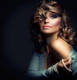 skönhetmodeflicka Royaltyfri Fotografi