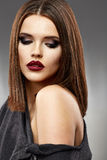 Skönhetmodell med långt hår Royaltyfri Foto