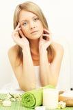 skönhetsalongkvinna Fotografering för Bildbyråer