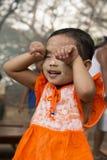SKÖNHETSMEDEL FÖR ASIEN MYANMAR BAGAN FOLKFRAMSIDA THAMAKA Arkivfoto